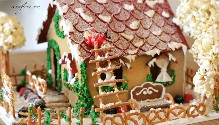 How to make a gingerbread house from scratch with video tutorial how to make a gingerbread house from scratch with video tutorial solutioingenieria Images