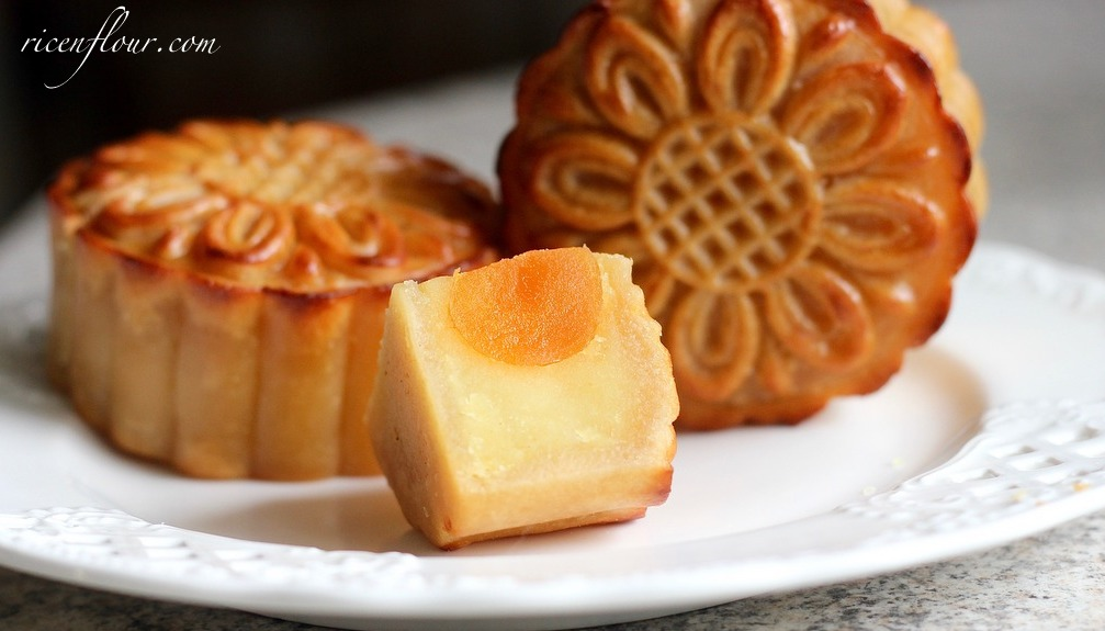 How To Make Traditional Baked Mooncakes Recipe Rice N